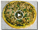 TUNA PESTO MALAYSIAN PIZZA